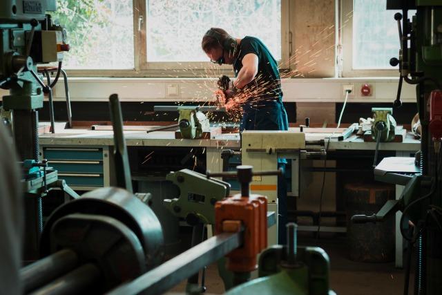 Zatrudnienie obcokrajowców w przemyśle
